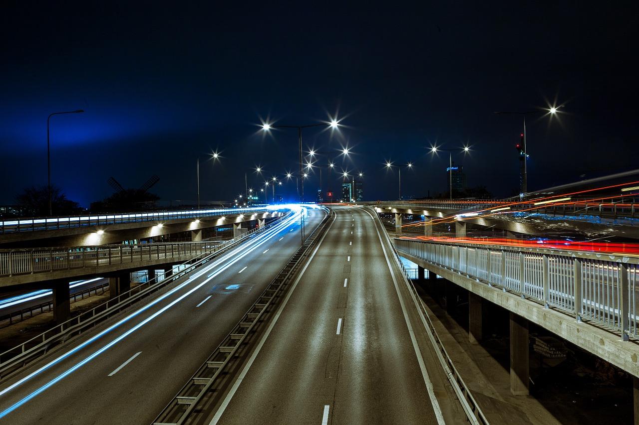 Wakacje we Francji – o czym powinni pamiętać kierowcy